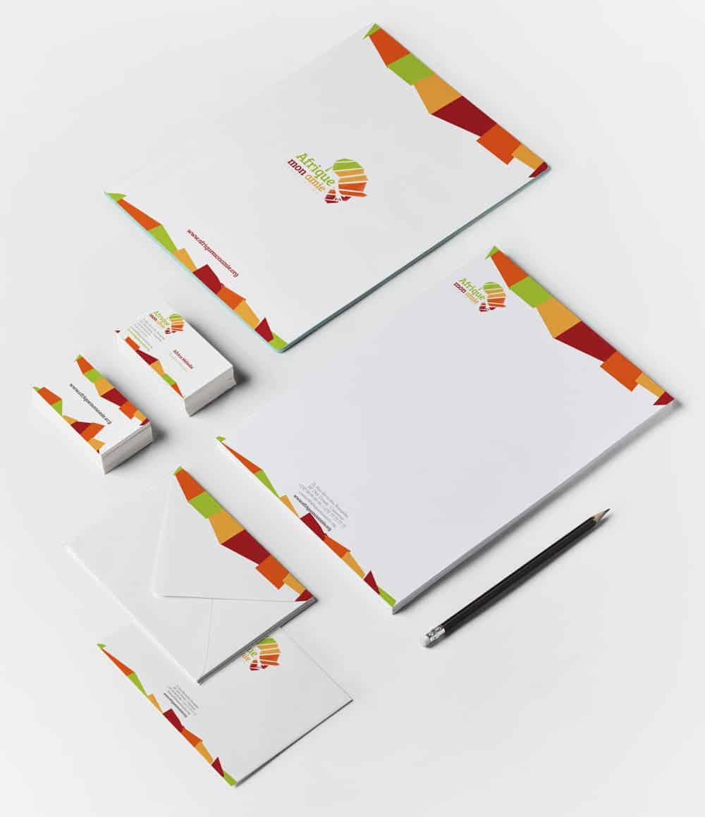 Papeterie (plaquette, carte de visite, enveloppe, papier à lettre) pour l'Association Afrique Mon Amie, par Lotin Corp.