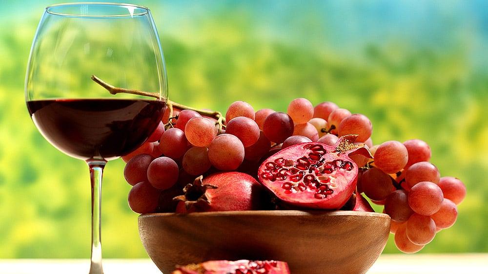 Ce verre de vin est-il à moitié vide ou à moitié plein, à votre avis ?